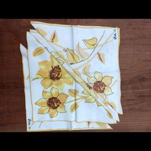 NWOT Vintage Vera set of 4 cloth floral napkins